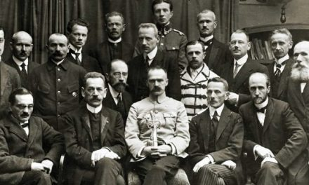 """Józef Piłsudski: """"Odbywa się zamach stanu, ale to szopka, nie zamach"""". 101. rocznica nieudanej próby puczu w Polsce"""