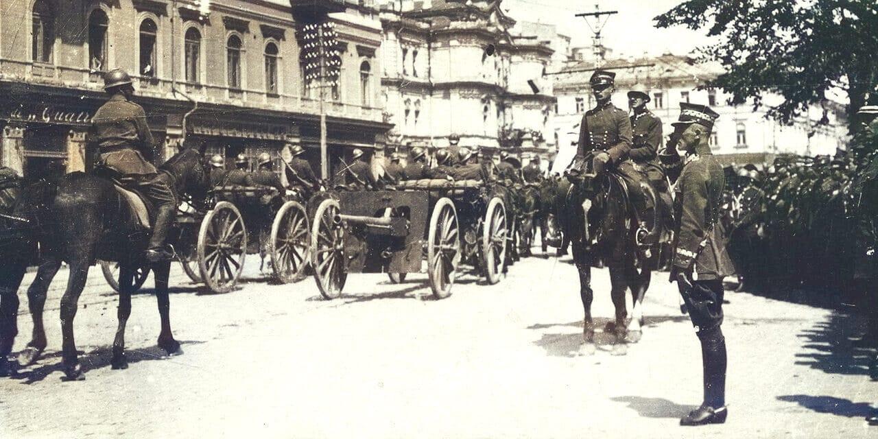 9 maja 1920 roku w Kijowie odbyła się wspólna defilada zwycięskich oddziałów polsko-ukraińskich