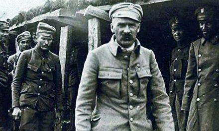 Krew na szali. Bitwa pod Kostiuchnówką – największa polska bitwa I Wojny Światowej – Robert Czyżewski